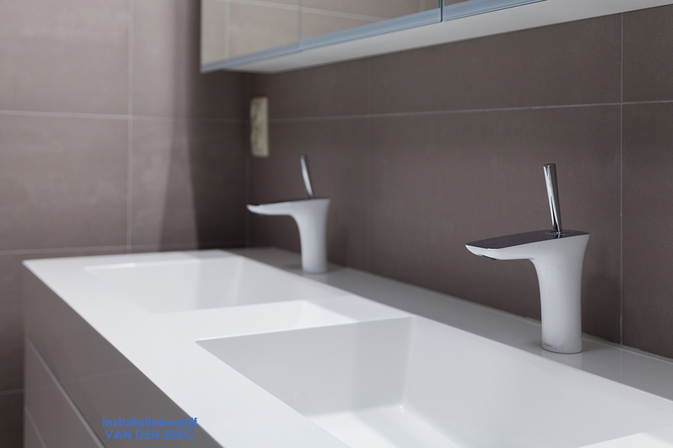 Badkamer Verwarming Vasco : Verwarming sanitair badkamers installatiebedrijf van den berg