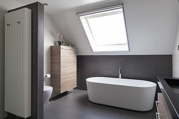 Renovatie Badkamer Muur : Verwarming sanitair badkamers installatiebedrijf van den berg