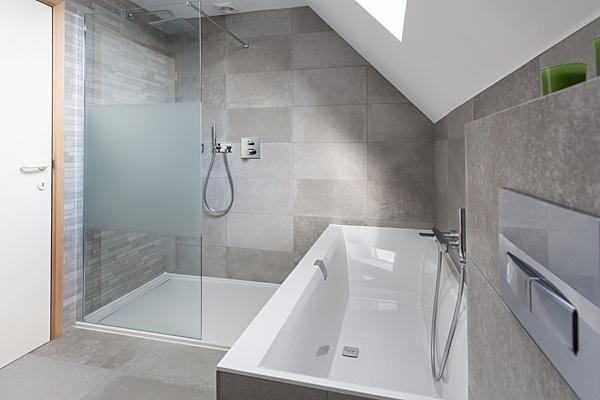 Badkamer Renovatie Limburg : Verwarming sanitair badkamers installatiebedrijf van den berg