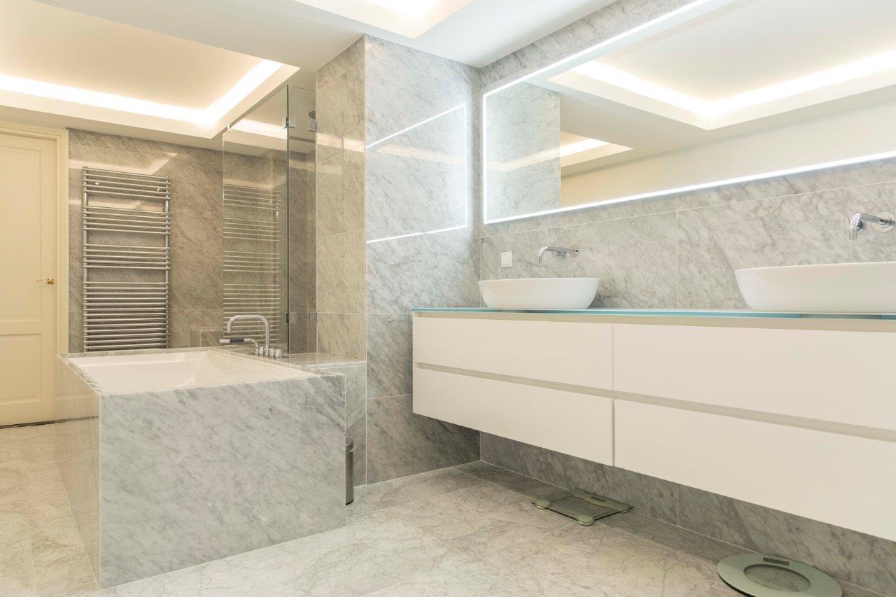 Badkamer Op Maat : Verwarming sanitair badkamers installatiebedrijf van den berg