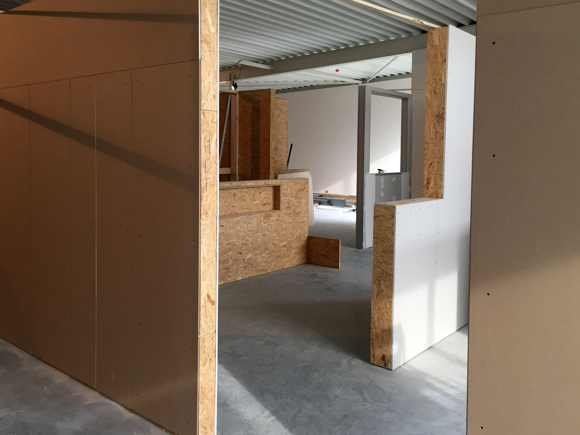 Badkamer Showroom Wijchen : Verwarming sanitair badkamers installatiebedrijf van den berg