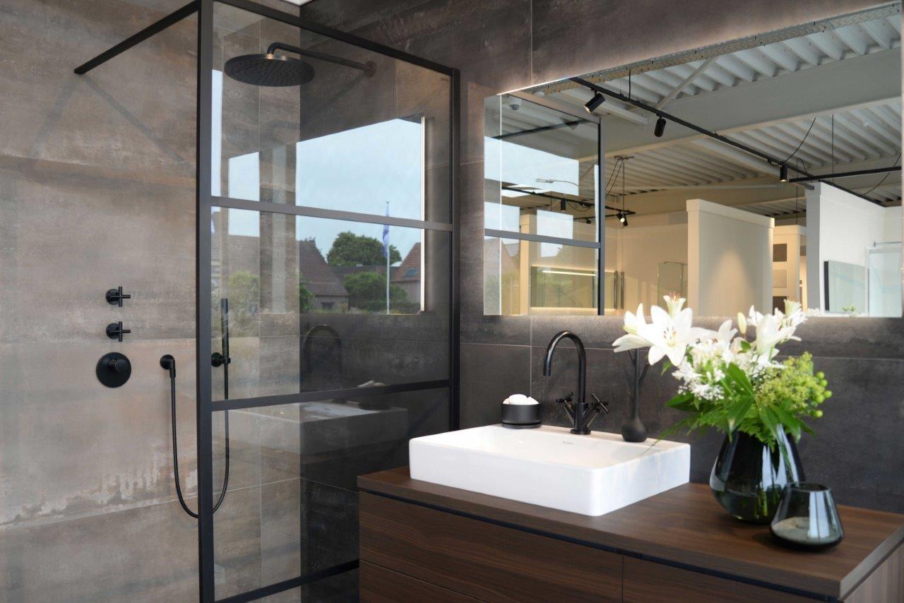Showroom Badkamer Meubels : Badkamer & sanitair installatiebedrijf van den berg hoogstraten