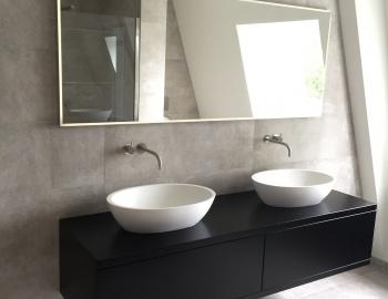 Design klassiekers in badkamer te Hoogstraten